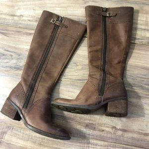 Born Womens Poly Boots in Cookie Dough 8.5M